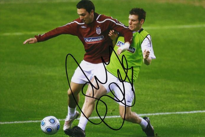Stewart Downing, England, signed 6x4 inch photo. (2)